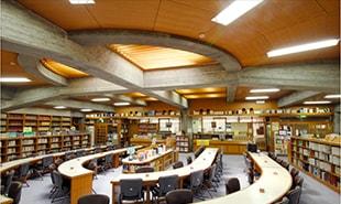 中高図書館